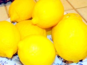 Fresh Arizona Lemons